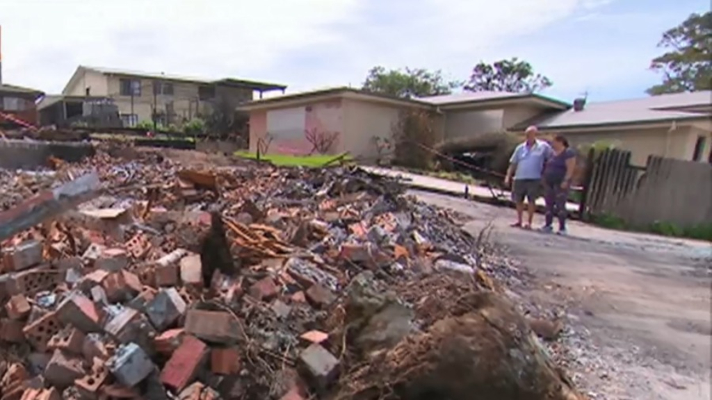 Family who lost home in bushfires on the NSW South Coast deal with another blow