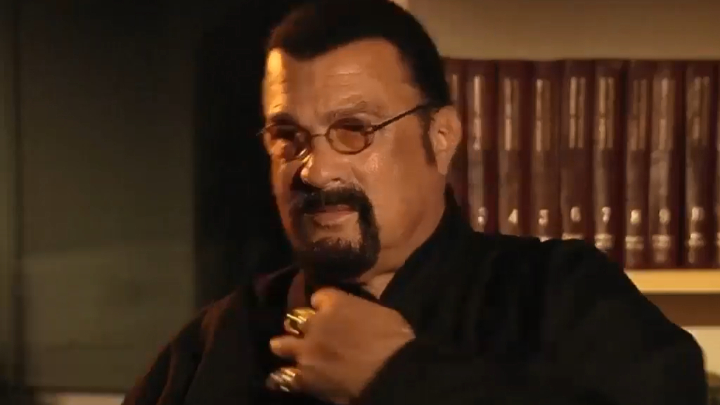 Steven Seagal walks out of interview