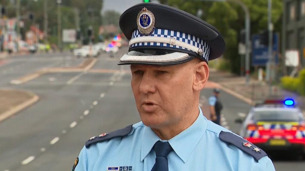 Bomb squad deployed in Sydney roadside operation