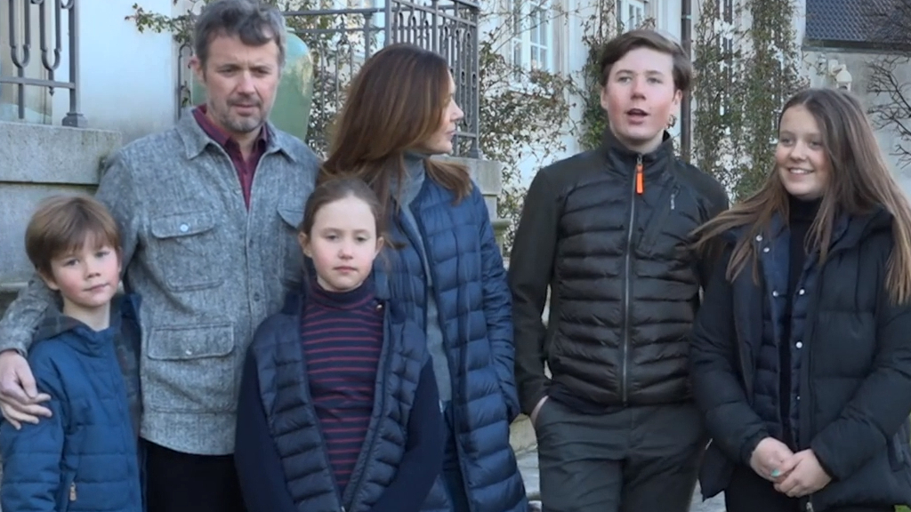 Coronavirus: Princess Mary shares message from isolation with family