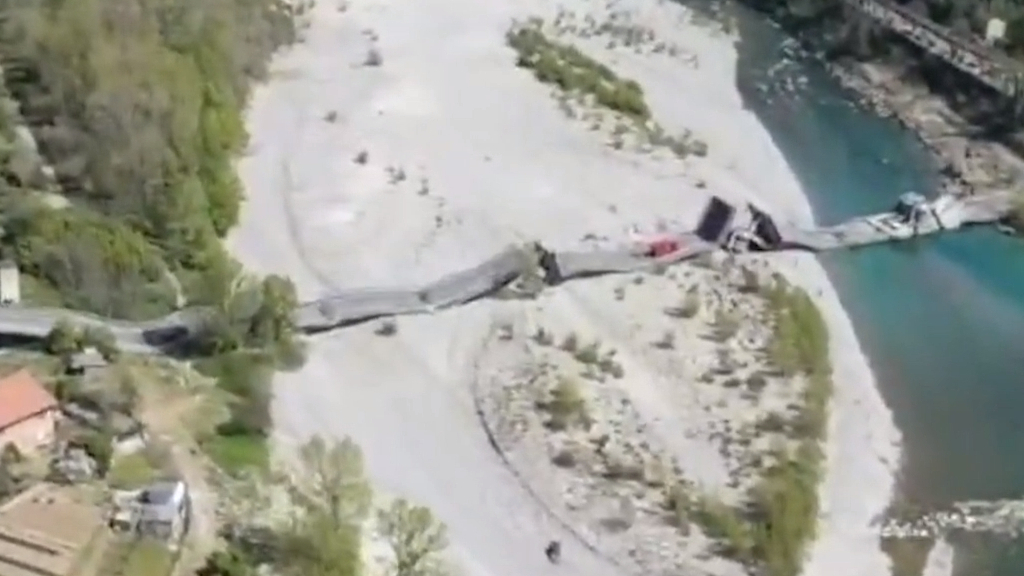 Highway bridge collapses in northern Italy