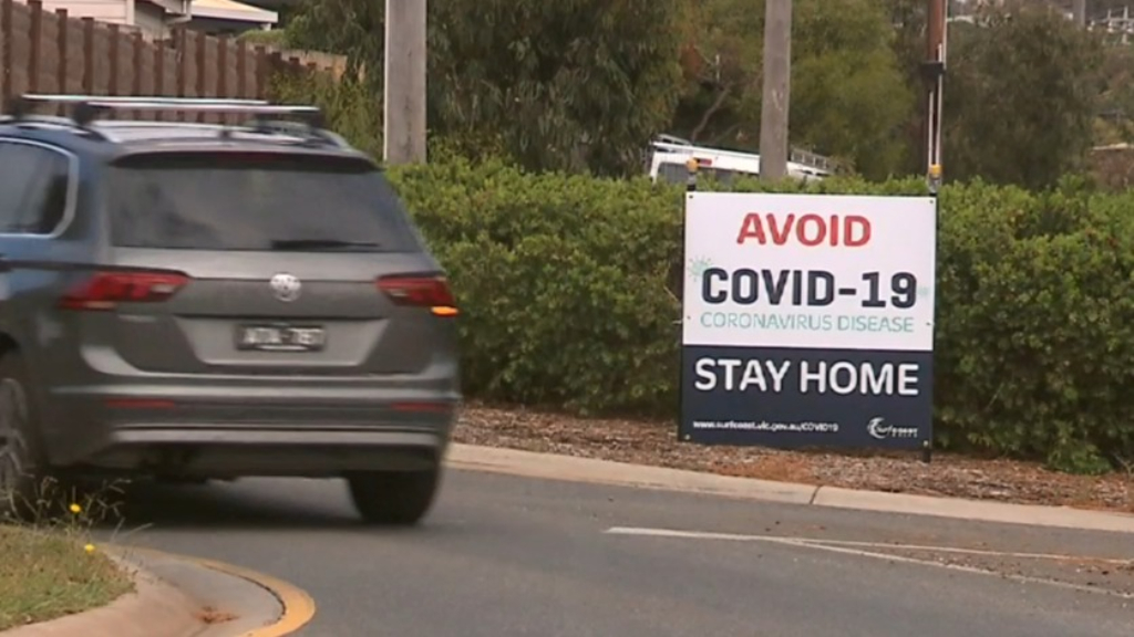 Coronavirus: Victorians warned of strict stay-at-home measures