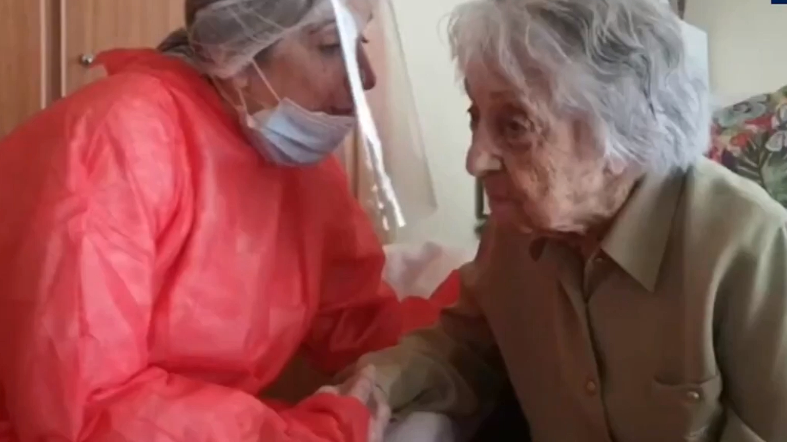 113 year old woman becomes oldest to recover from corona!