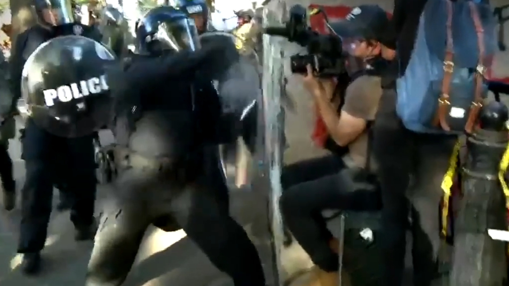 US protests: Aussie journalists assaulted by riot police