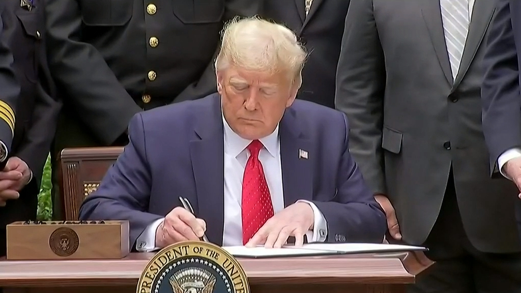 Trump to sign executive order aimed at changing policing practices