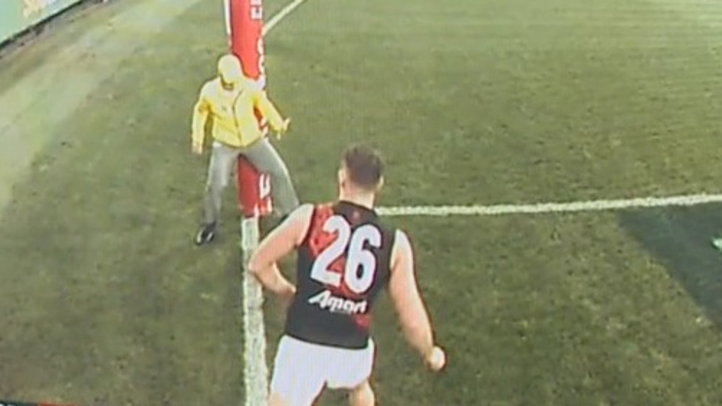 Bombers win marred by controversial umpire moment