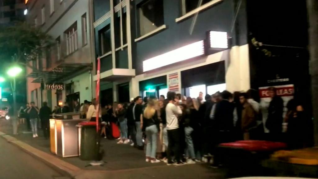 Coronavirus: Queensland nightlife resumes