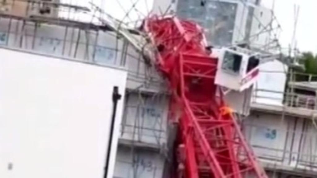 Fatal crane crash in London