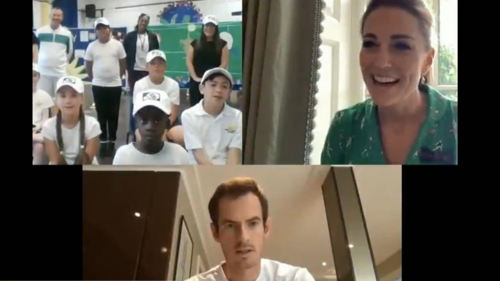 Murray surprises Wimbledon fans