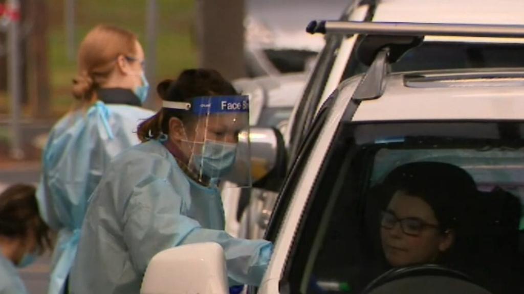 Coronavirus: New cases in Victoria surge past 300