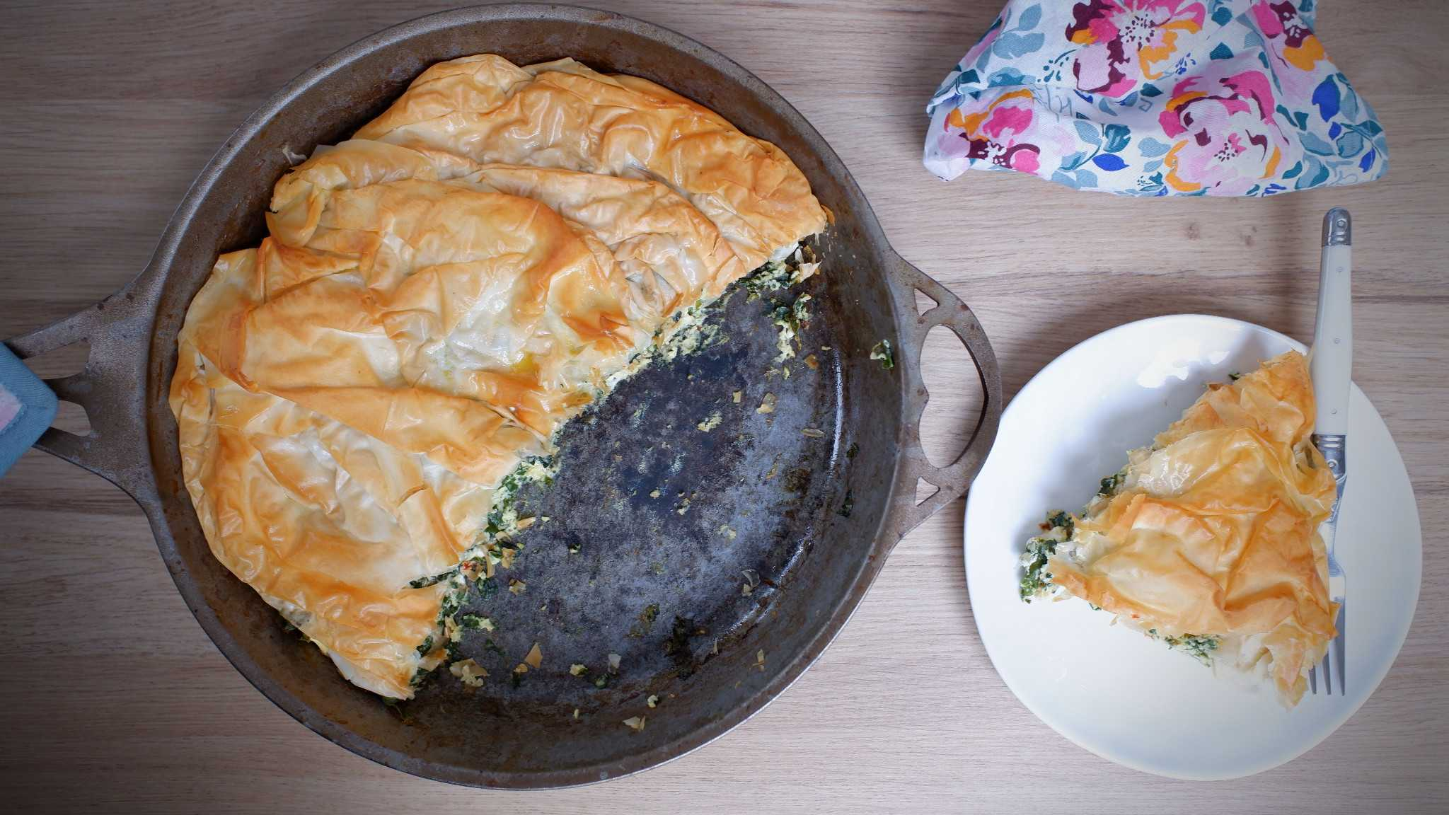 9Honey Every Day Kitchen: Ultimate cheat's spinach pie cooked in a pan