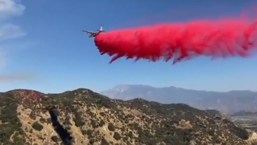 Thousands evacuated as firefighters battle California wild fire