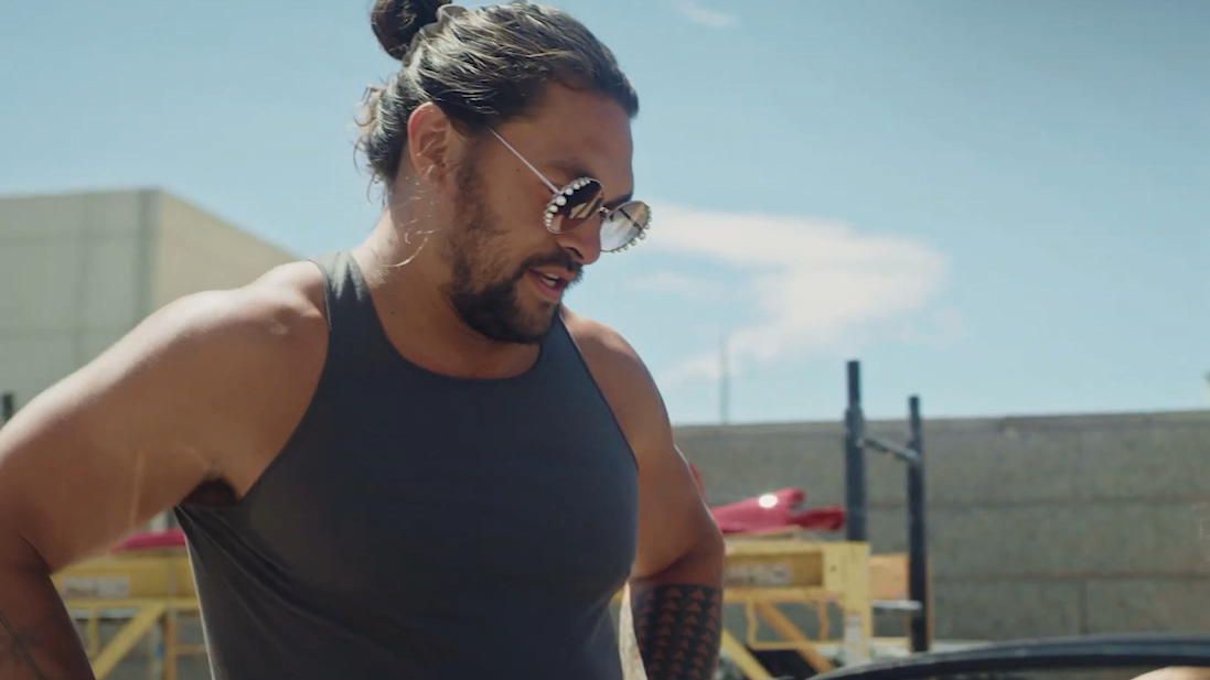 Jason Momoa restores wife Lisa Bonet's old Mustang