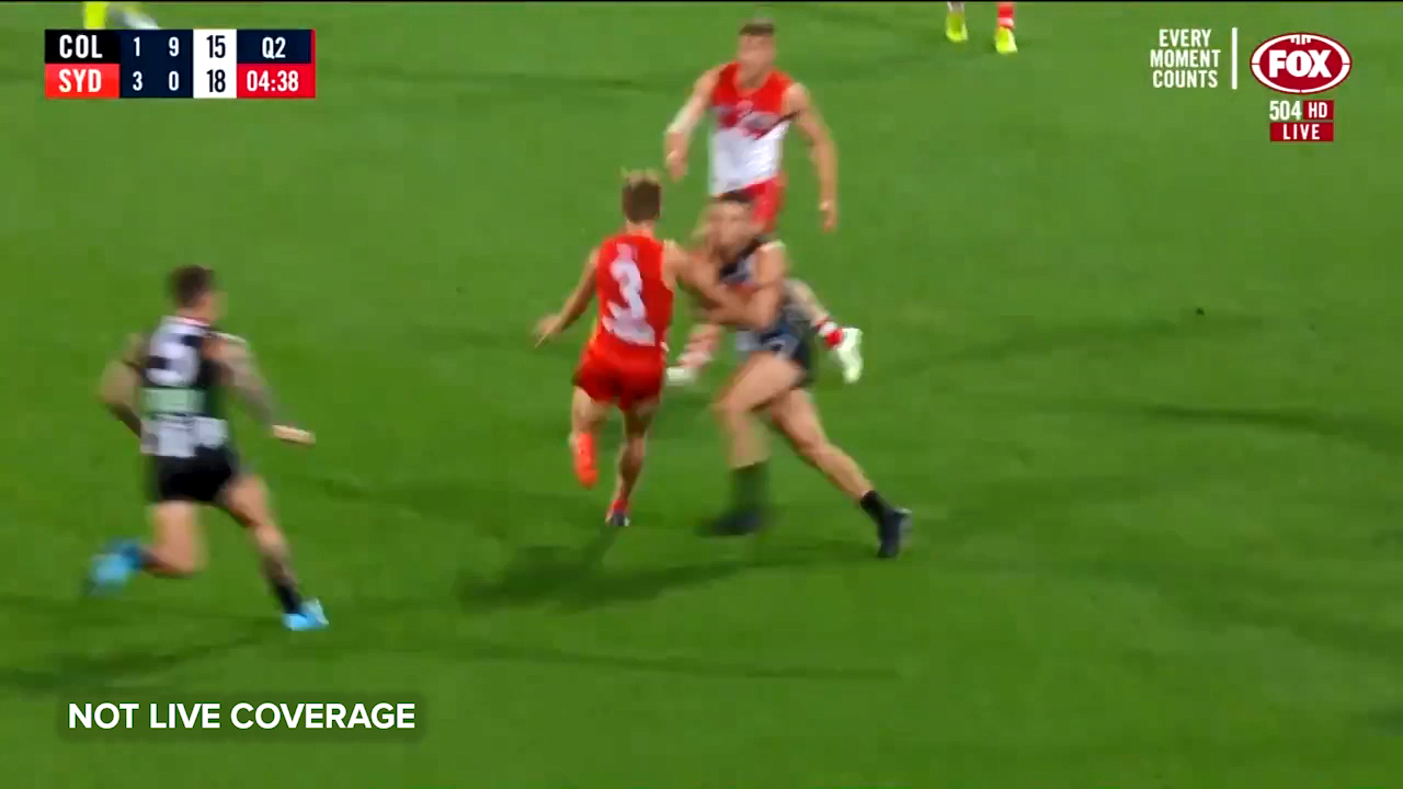 Stephens extends Swans lead