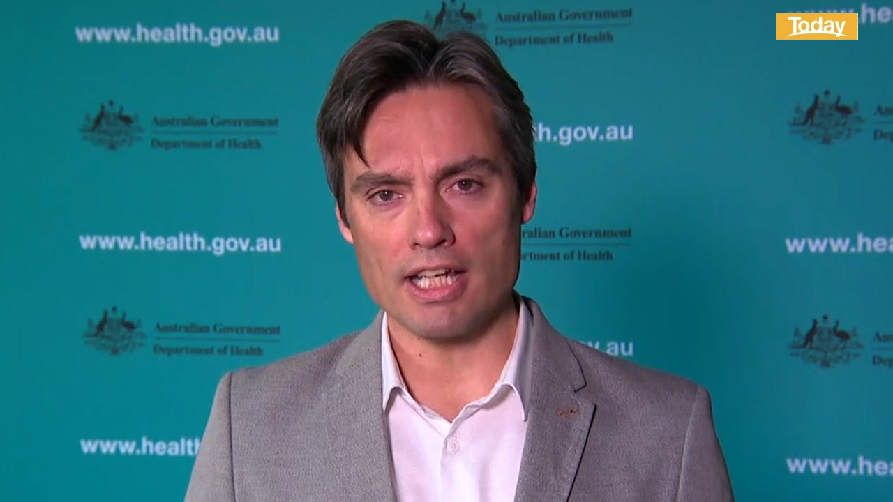 Coronavirus: Victorian PPE shortage rejected by top Australian doctor