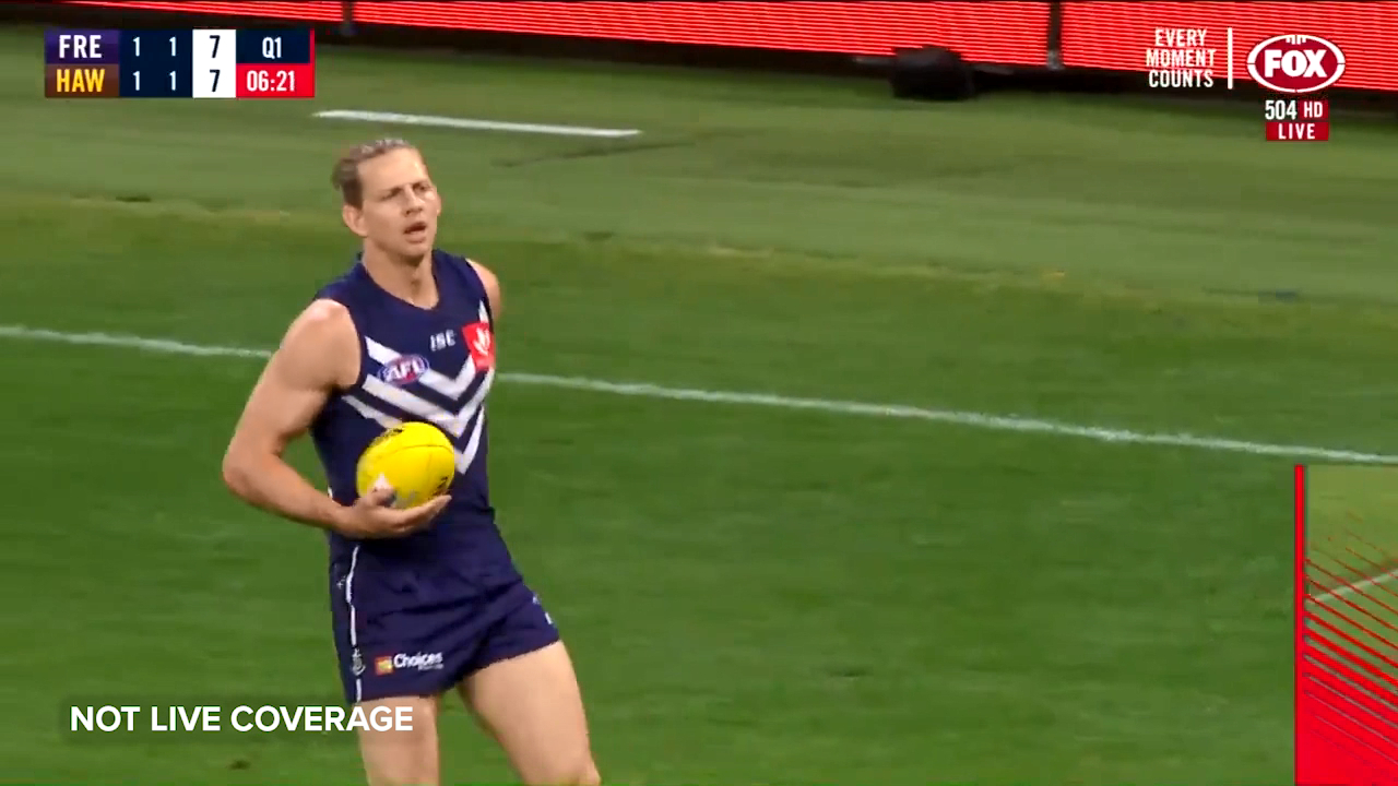 Fyfe makes Hawks pay up forward