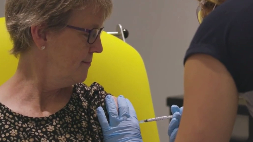 Coronavirus: Australia plans to secure vaccine by Christmas