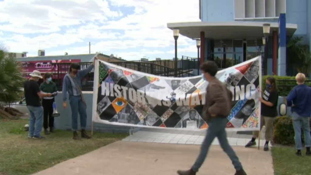 Story Bridge Refugee protest banned
