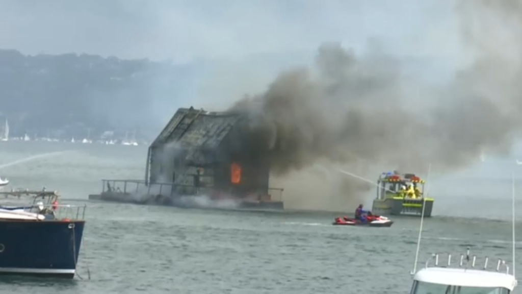 Sydney's Palm Beach houseboat goes up in flames