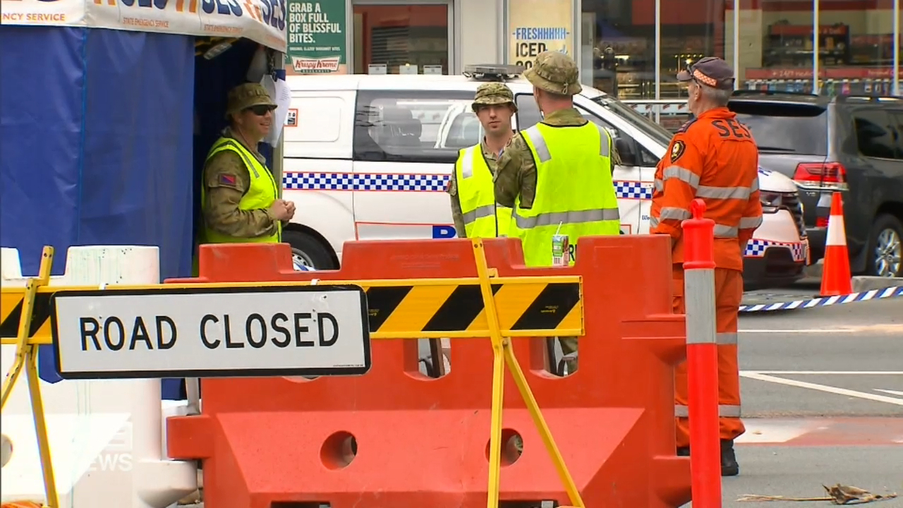 Coronavirus: Defence Force withdrawn from Queensland border