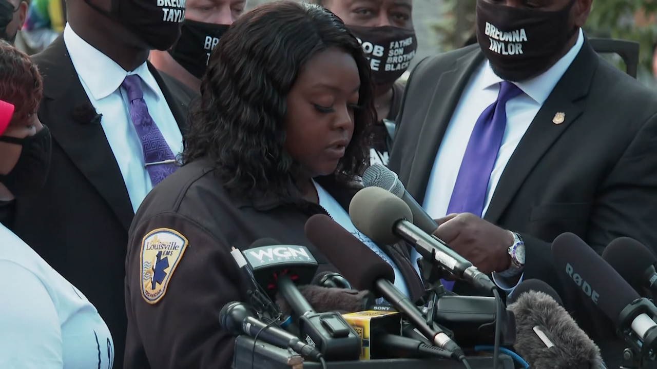 Breonna Taylor's mother has 'no faith in the legal system'