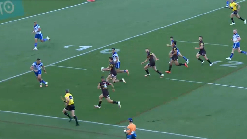 Outstanding Naden kick sets up try