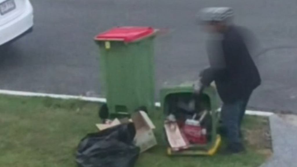 Residents awakened by people sifting through their recycling bins