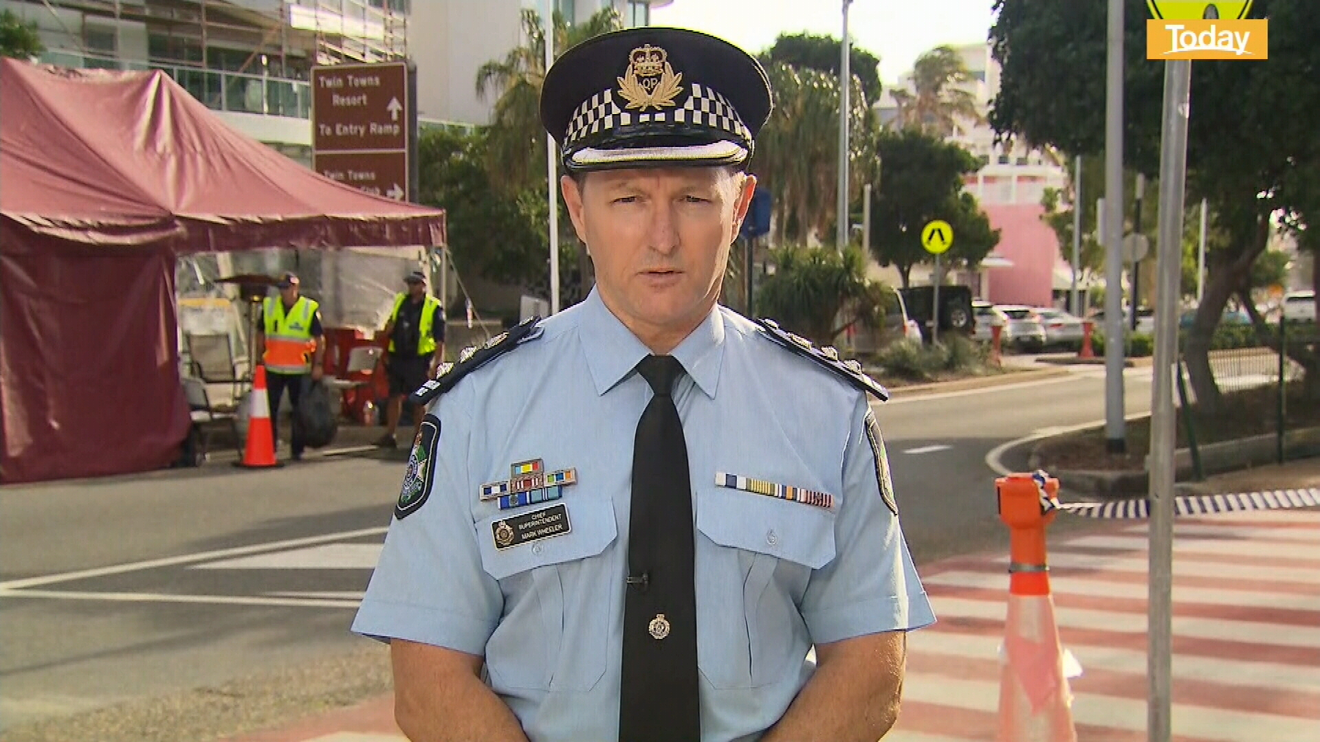 Coronavirus: Queensland Police chief says drivers should expect delays at border checkpoints