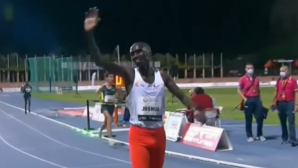 Cheptegei breaks 10,000m world record