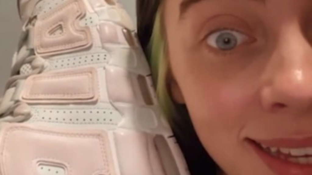 Billie Eilish shares optical shoe illusion