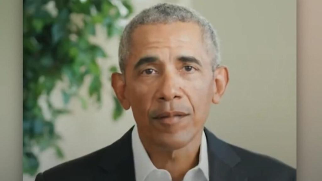 Barack Obama hits the campaign trail