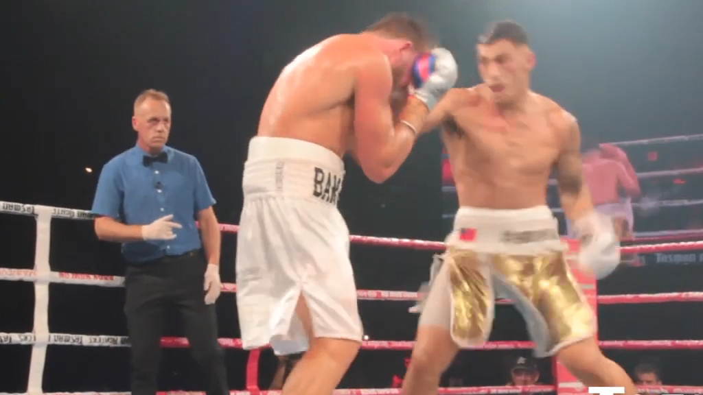 Opetaia's classy TKO of Flanagan
