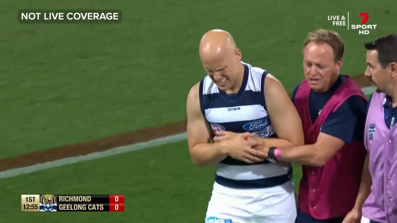 Ablett injures shoulder minutes into AFL grand final
