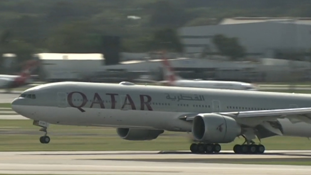 Federal Government concerned over claims Qatar Airways staff strip searched 13 Australians