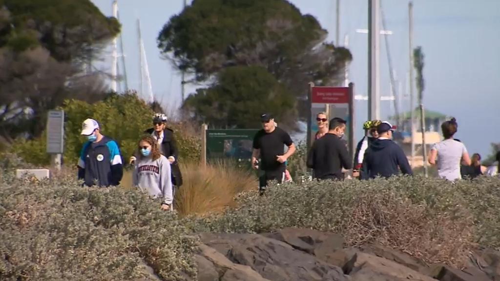 Coronavirus: Melburnians counting down final hours of lockdown