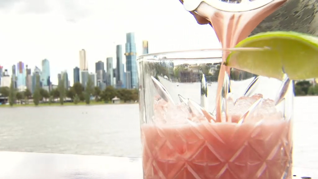 Coronavirus: Melbourne hospitality sector prepares to reopen