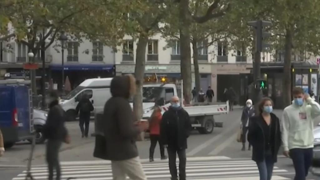 Coronavirus: Germany and France impose new COVID-19 lockdowns