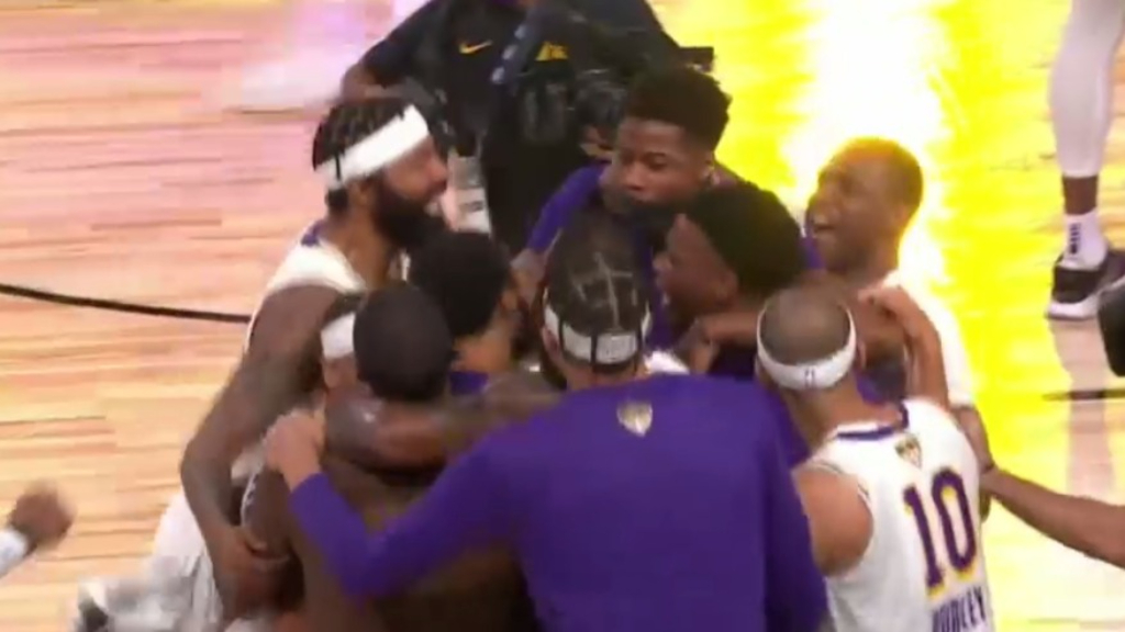 Lakers wrap up 17th NBA championship