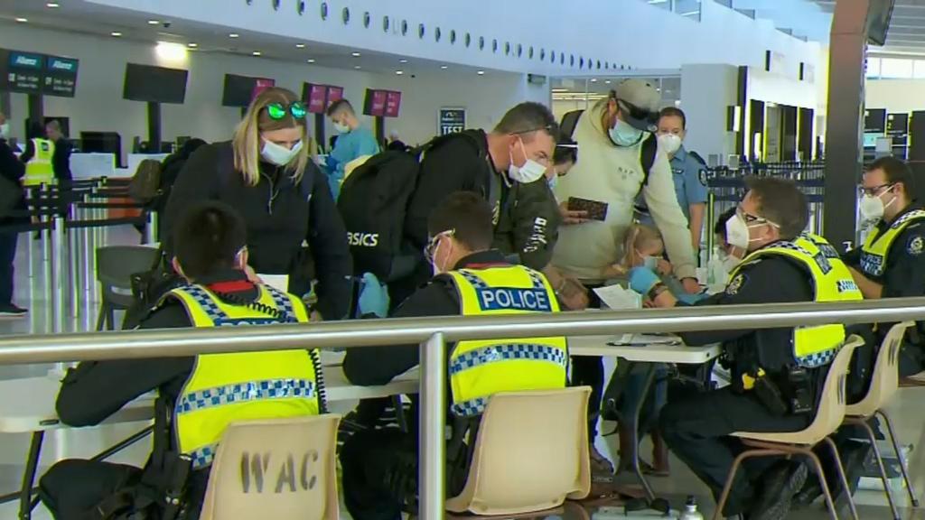 Coronavirus: New health advice could affect WA hard border