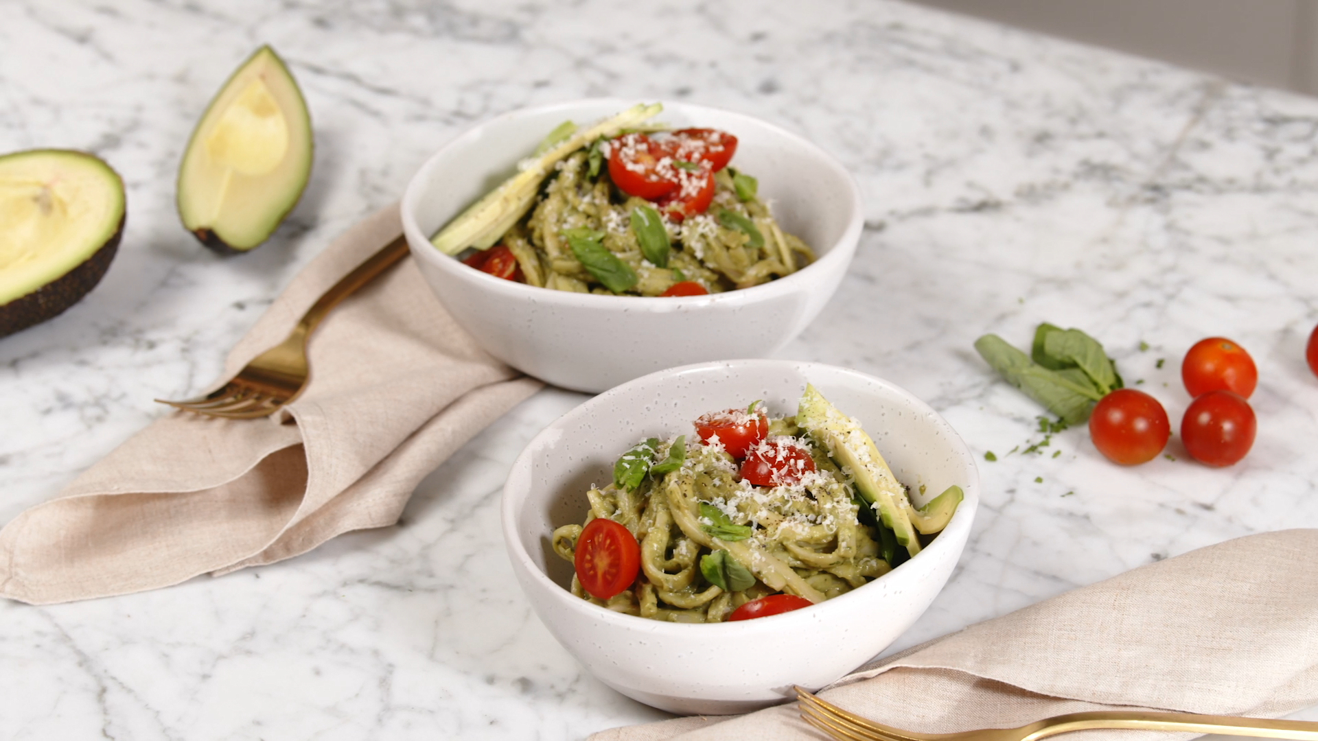 15-minute avocado pasta
