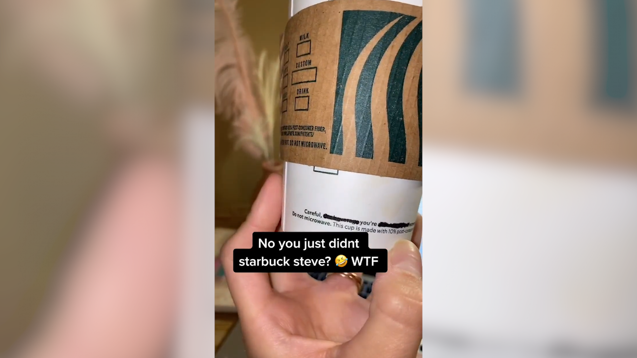 Barista leaves secret message for customer on coffee cup