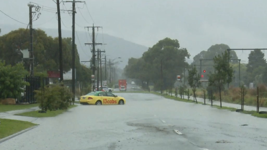 Victorian floods likely to pose greater risks than bushfires