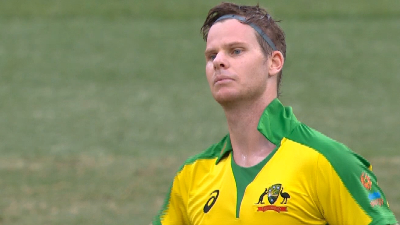 Smith notches second consecutive ODI ton