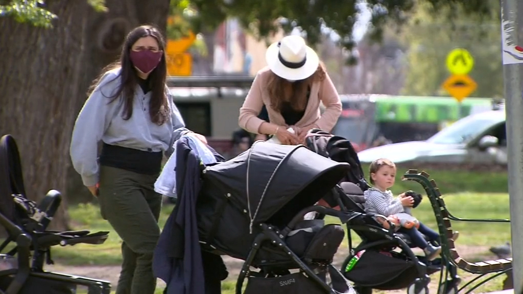 Coronavirus: Melburnians set to return to their offices as pandemic restrictions ease