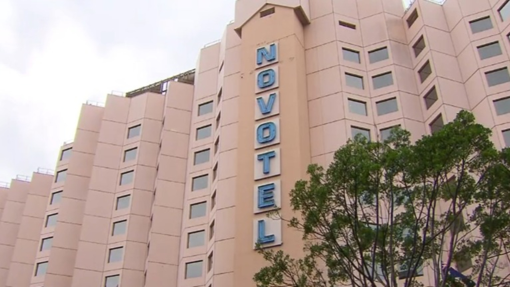 Coronavirus: Sydney hotel quarantine worker tests positive to COVID-19