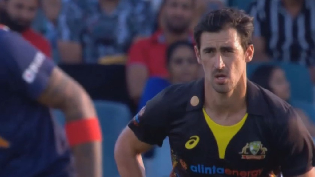 Starc gets his mojo back