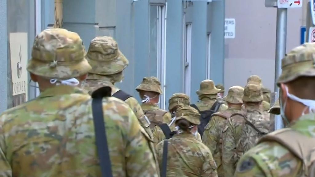 Coronavirus: Victoria's new hotel quarantine program slammed as 'disorganised'