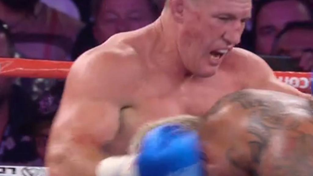Tszyu destroys Morgan, Gallen beats Hunt