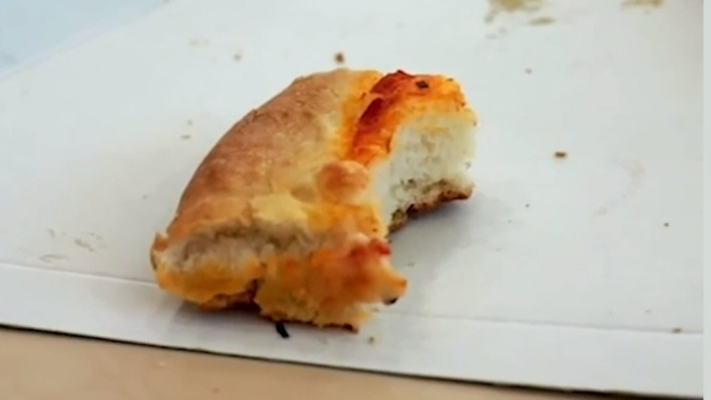 Pizza Hut celebrates 25 years of Stuffed Crust with unique giveaway