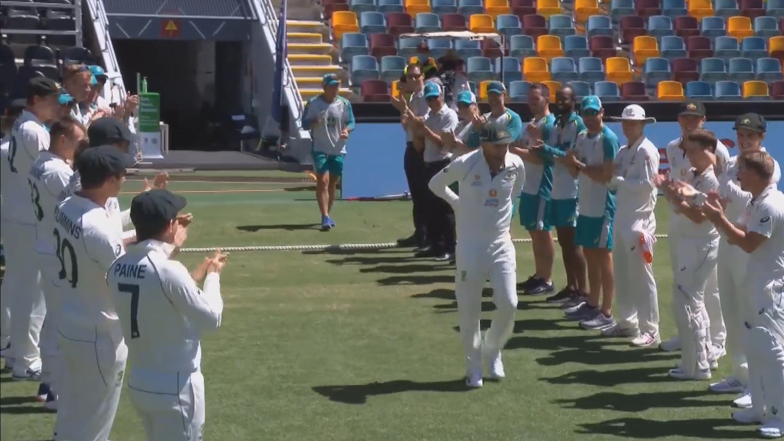 Nathan Lyon's guard of honour